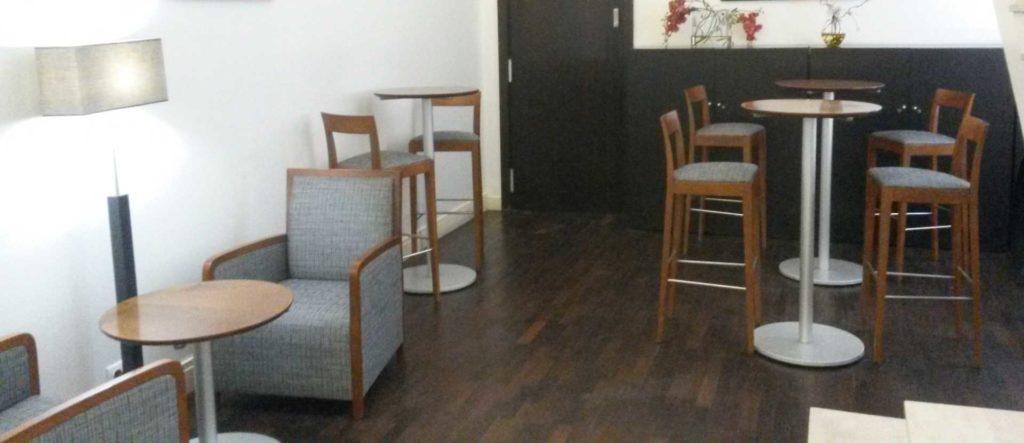 fauteuils Club et chaises Marbeuf Paris